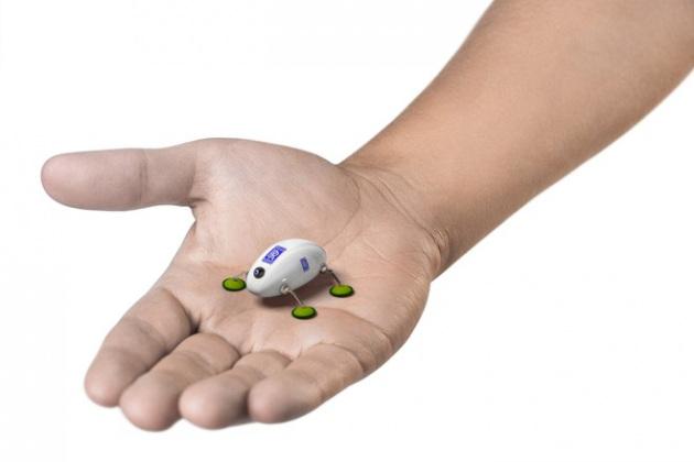 Gli scarafaggi meccanici che aggiustano gli aerei