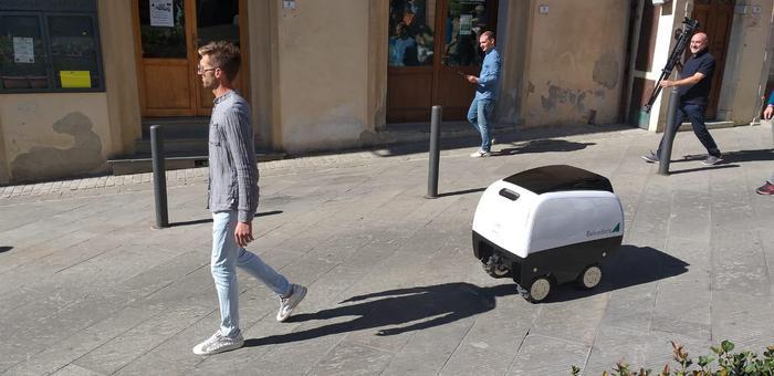 In Italia il primo robot-carrello della spesa al mondo