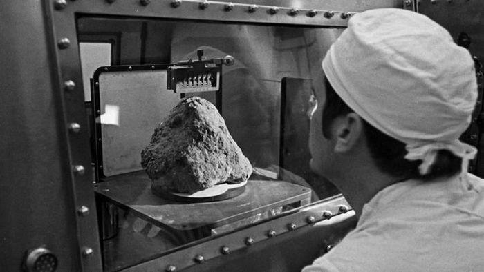 Arriva dalla Luna la roccia terrestre più antica