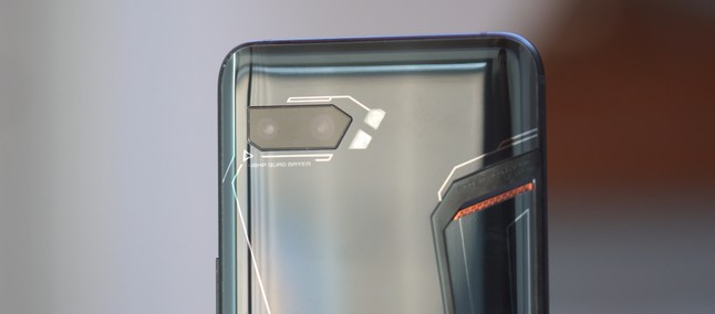 Asus Rog Phone 2: live batteria (6.000mAh) dalle ore 8