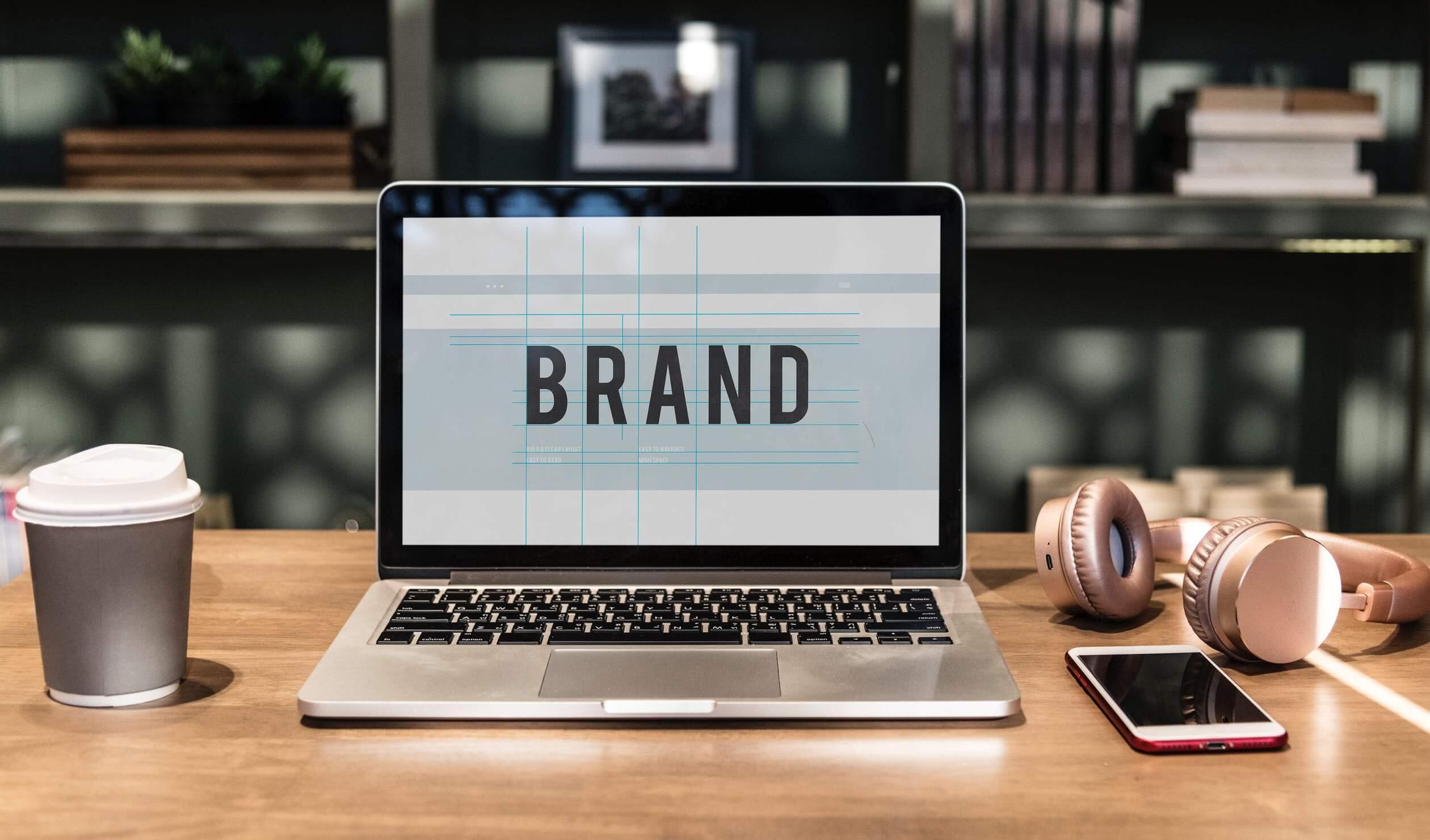 Hai bisogno di un logo per la tua azienda? Prova Logogenie!