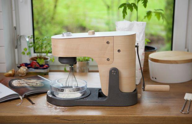 Il mixer da cucina in legno che non richiede elettricità