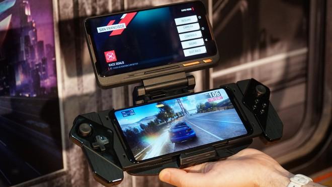 Asus Rog Phone 2: tutto su accessori ed esperienza gaming   Video Recensione