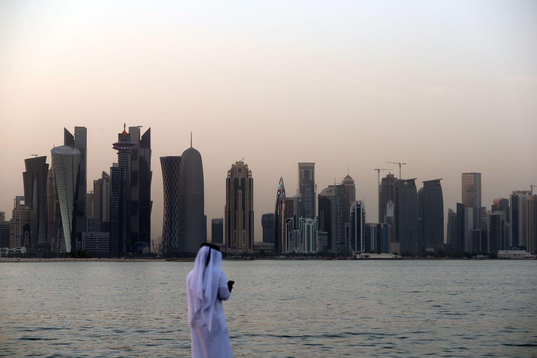 Il Qatar usa l'aria condizionata anche per raffreddare ambienti esterni