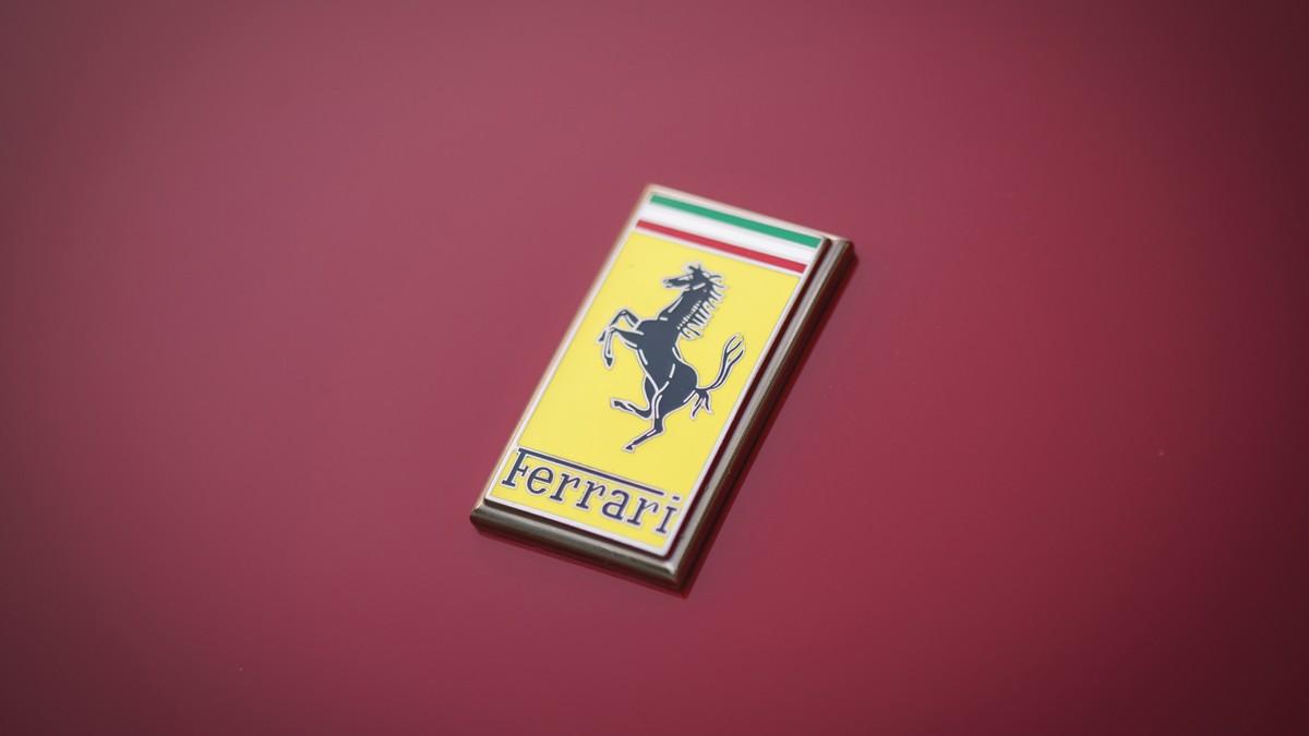 Ferrari elettrica non prima del 2025: la tecnologia delle batterie è ancora acerba
