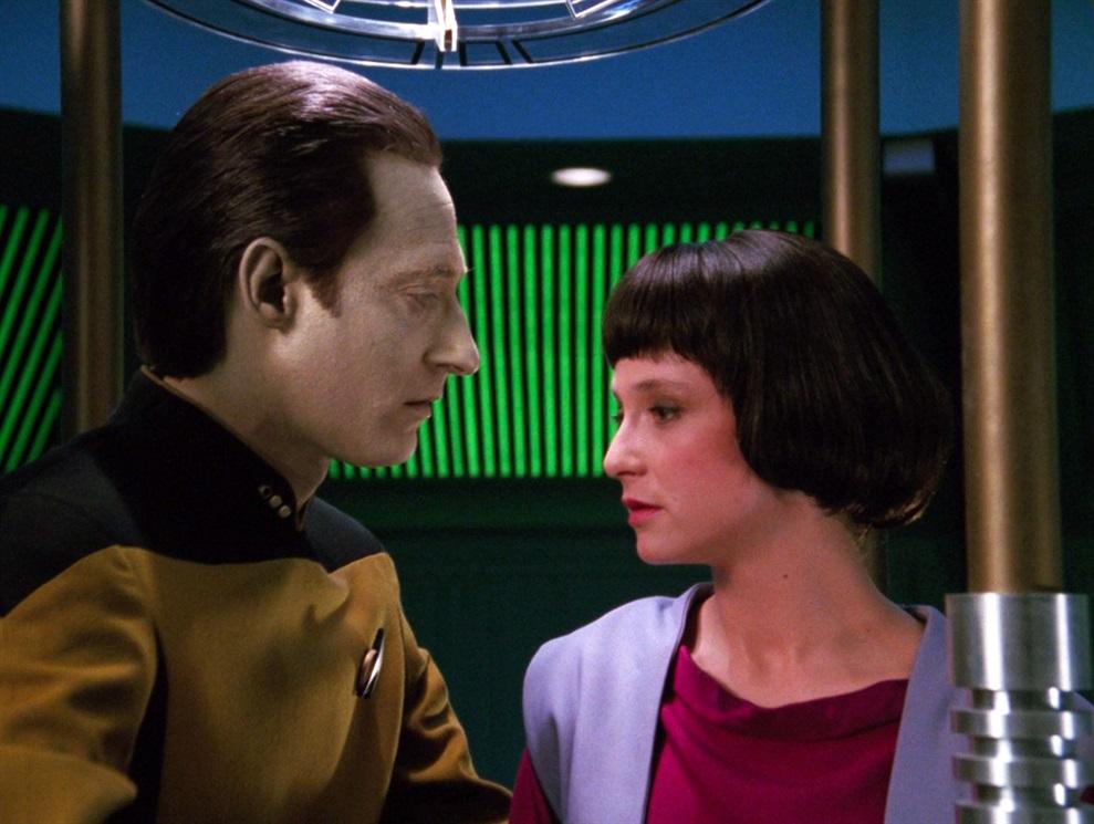 2. La figlia di Data (TNG, stagione 3 episodio 16) - Anno 2366
