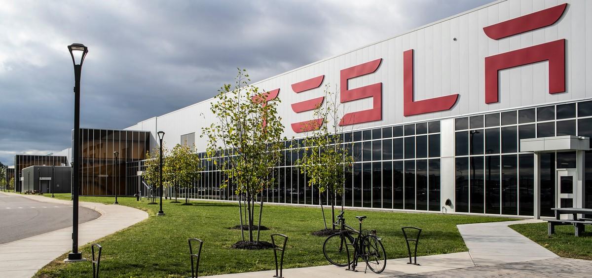 Tesla aprirà un centro per il design in Germania