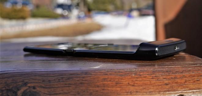 In viaggio con Motorola Razr: tre giorni con il pieghevole a conchiglia | Video