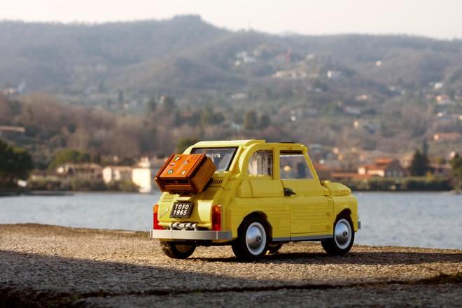 Lego Fiat 500: il nuovo modellino Creator Expert ispirato agli anni sessanta