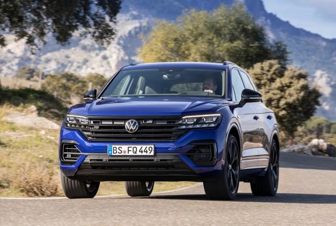 Volkswagen Touareg R: nel SUV sportivo batte un cuore ibrido Plug-in