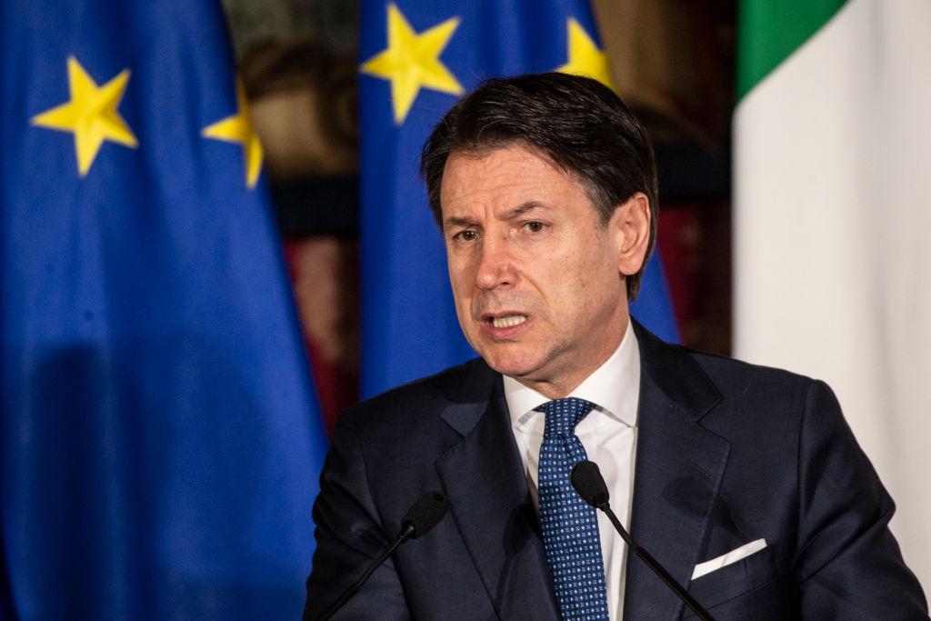 Coronavirus, il nuovo decreto del governo allunga la chiusura dell'Italia fino al 3 maggio