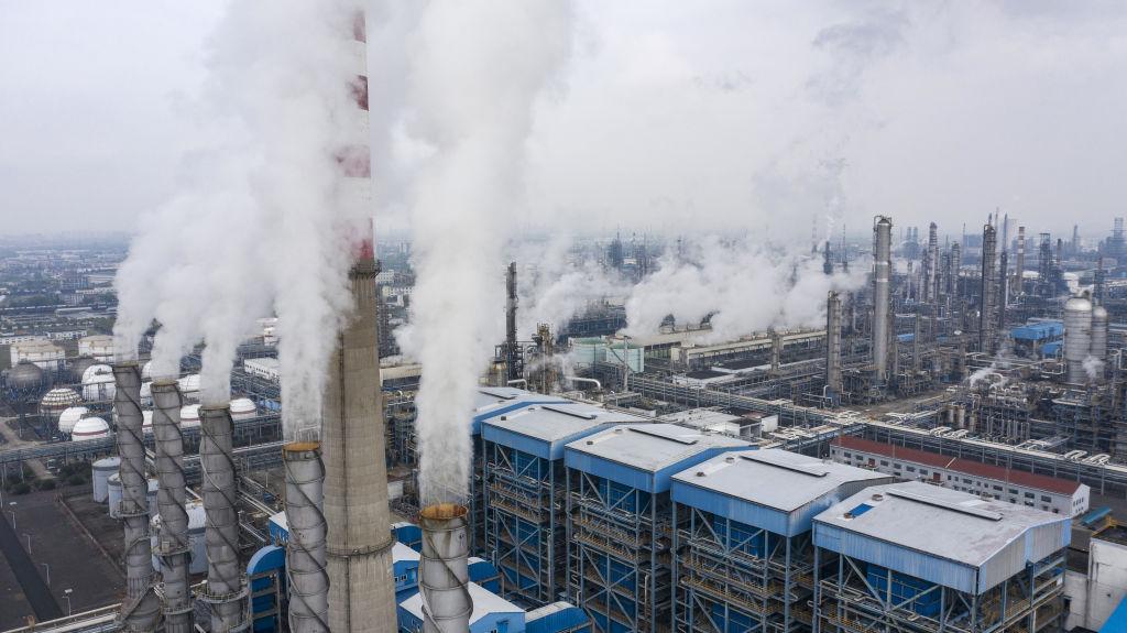 Il progetto europeo per spostare le tasse dal lavoro all'inquinamento