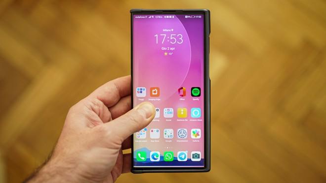 Recensione Mate Xs: il primo (e unico) pieghevole con display esterno di Huawei
