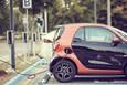 Quanto costa la ricarica delle auto elettriche a casa e alle colonnine | Video
