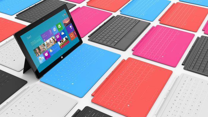 Microsoft cambia strategia: chiude gli Store, tutto on line