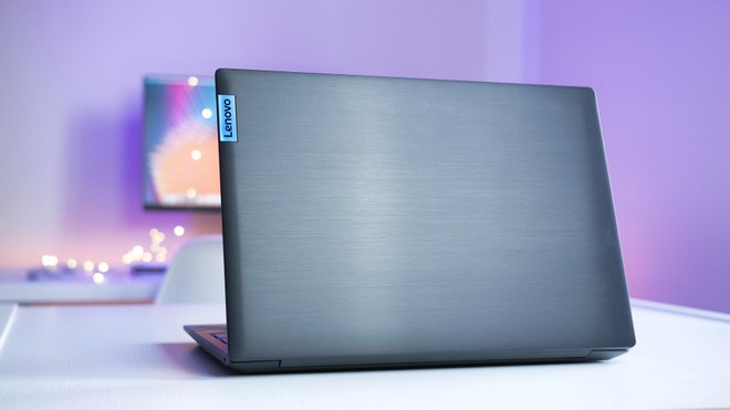 Recensione Lenovo IdeaPad L340: gaming Full HD sotto 1000 euro