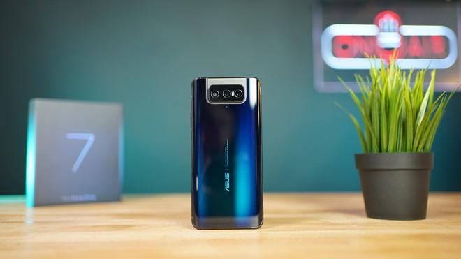 Asus Zenfone 7 Pro svelato: Snapdragon 865+, Amoled e flip camera con due OIS