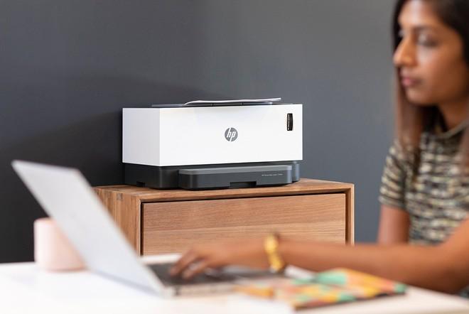 Recensione HP Neverstop Laser 1202nw: la stampante con un serbatoio infinito