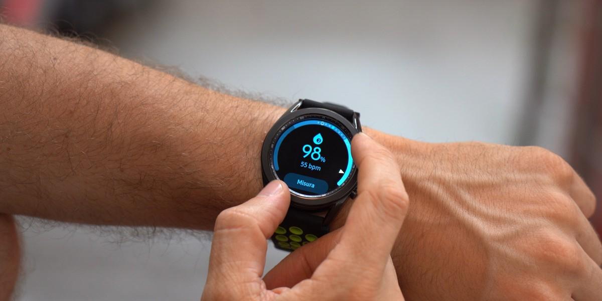 Samsung Galaxy Watch 3 si aggiorna e migliora l'autonomia della batteria
