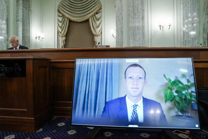 Capi di Twitter, Google e Fb sotto torchio al Congresso Usa