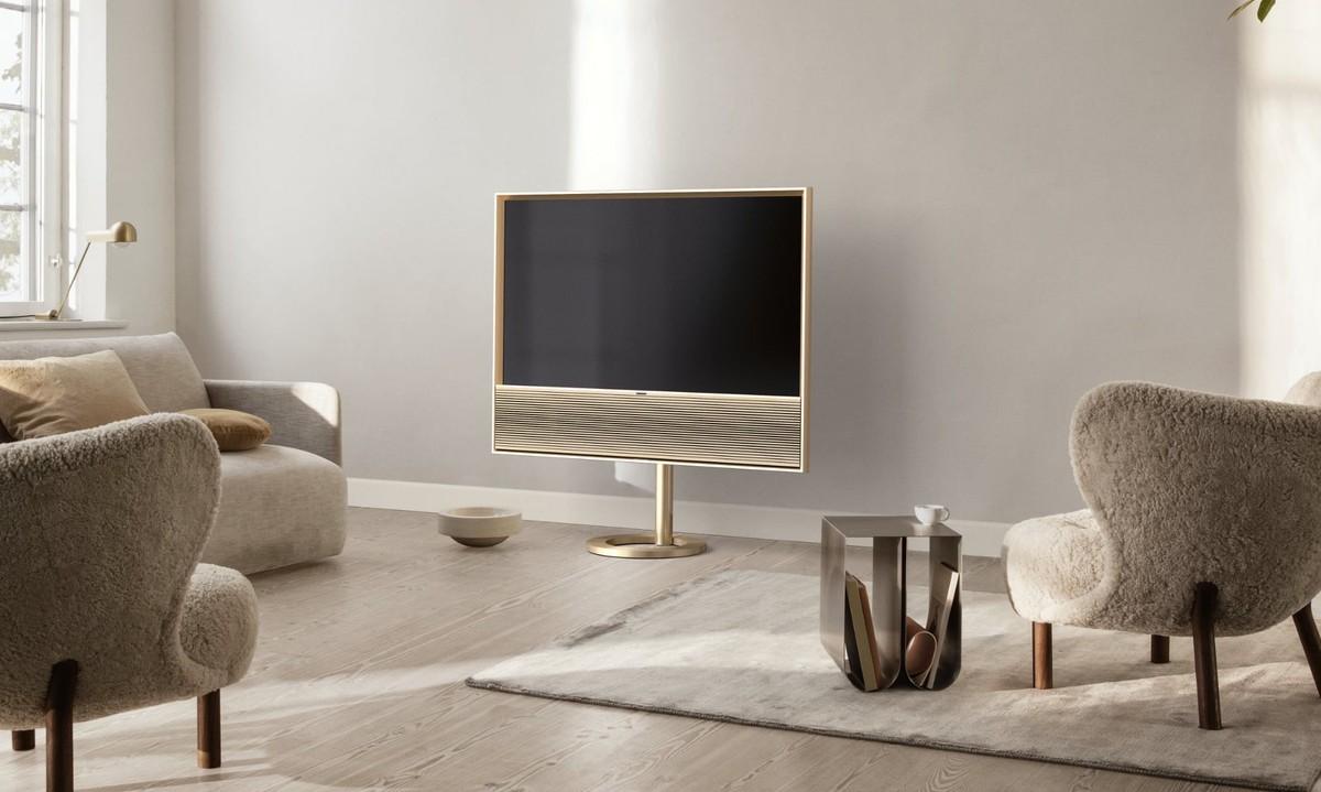 Beovision Contour: TV OLED da 48″ con soundbar a 3 canali