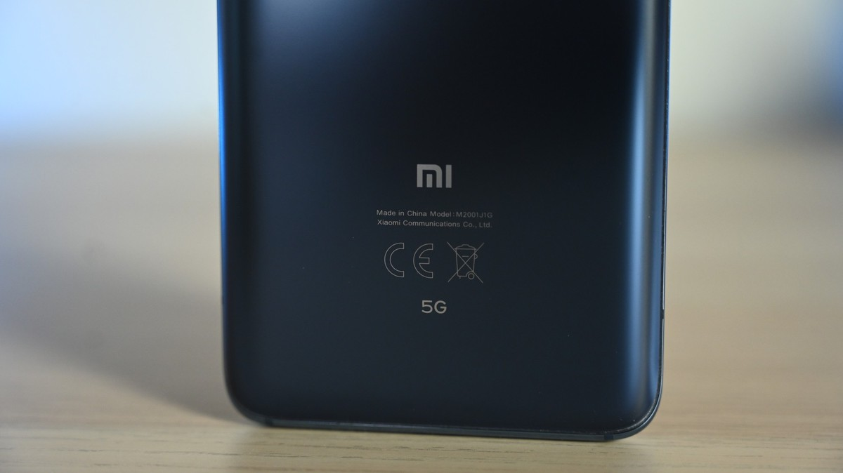 Xiaomi Mi 11 Pro con display QHD+, conferme dalla beta di MIUI 12
