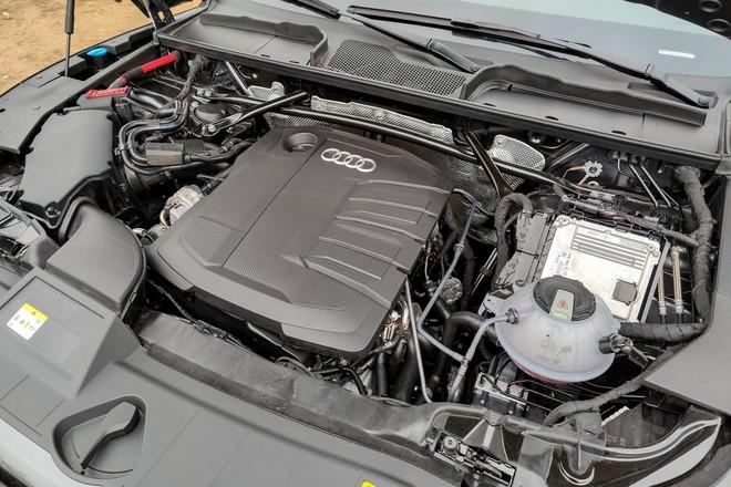 Audi Q5: solo mild-hybrid
