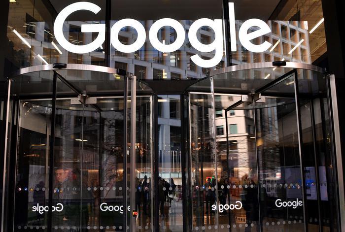 Francia: accordo Google-stampa su remunerazione giornali