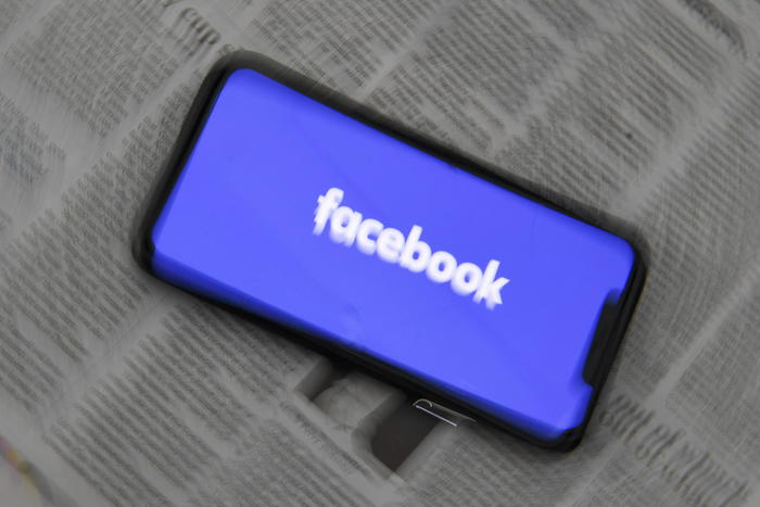 Facebook segue Google, in Usa tornano gli annunci politici