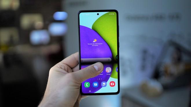 Samsung Galaxy A72 e A52 (anche 5G) ufficiali: anteprima e prezzi | Video