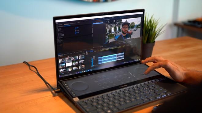Recensione Asus ZenBook Pro Duo UX582, doppio display all'ennesima potenza