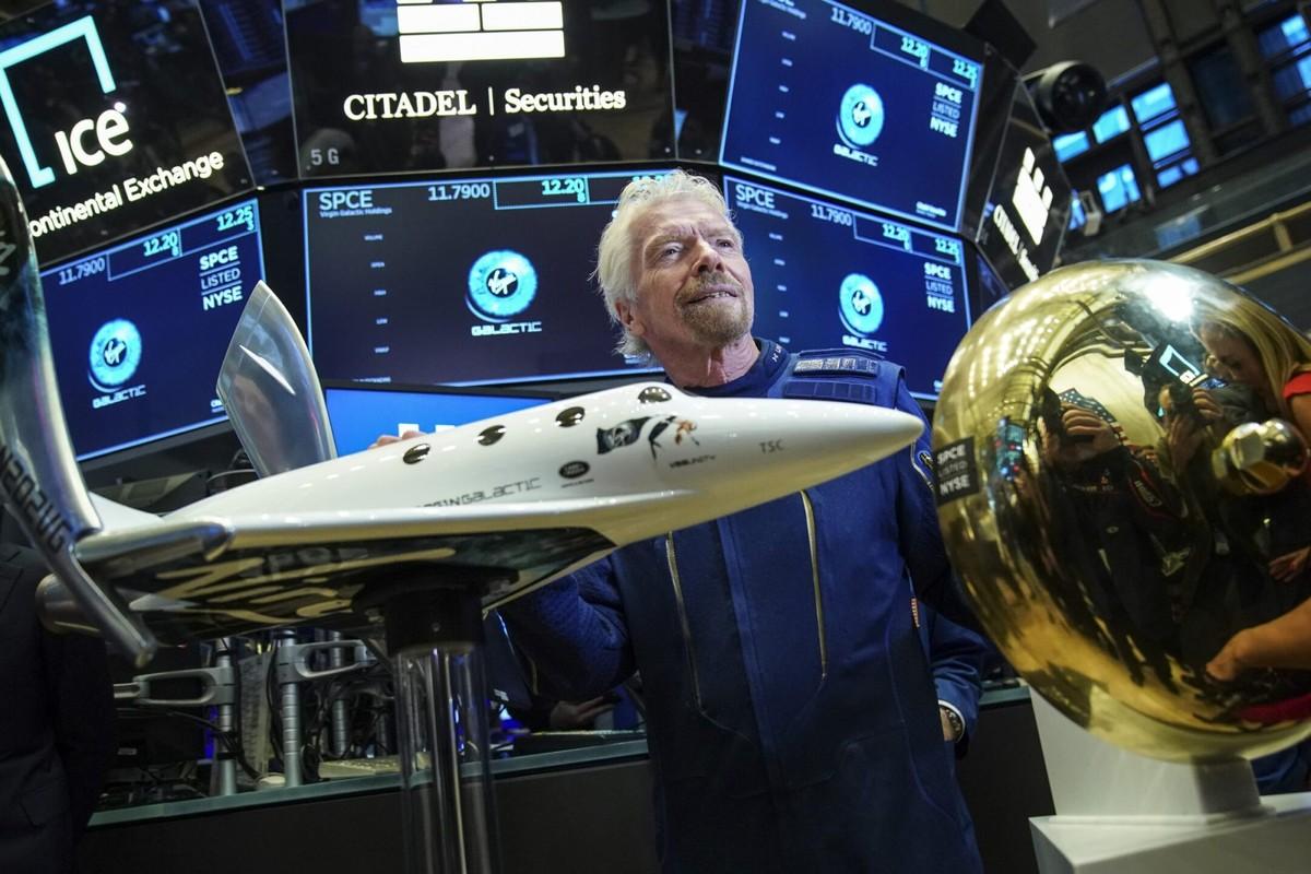 Virgin Galactic, segui in LIVE streaming il volo di Branson e del suo equipaggio