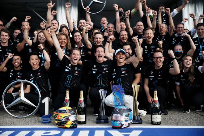 Formula E: Nyck de Vries e Mercedes sono i nuovi campioni del mondo