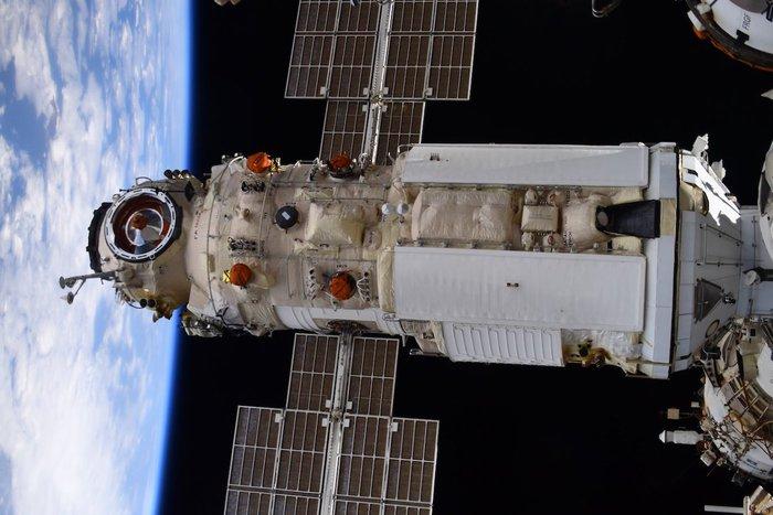 Tensione sulla Stazione Spaziale, ha ruotato 'spinta' dal modulo russo