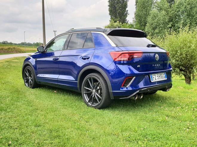Volkswagen T-Roc R: lo chiamano SUV sportivo | Recensione e Video